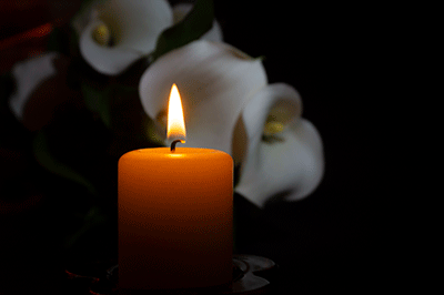 Candle with flower pic
